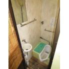 右舷側男子トイレ